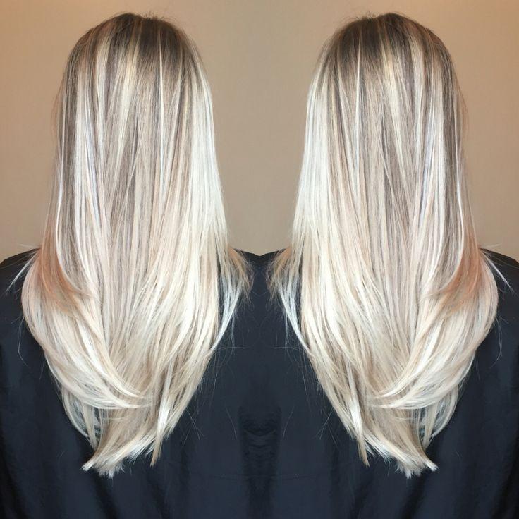 Balayage blonde bright beachy summer long hair wella free lights hair painting