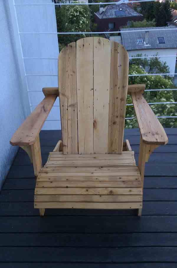 Cute Adirondack Chair From Repurposed Euro Pallet  #palletadirondackchair #palletchair #recyclingwoodpallets I used 4 euro pallets to make this Adirondack chair.  ...