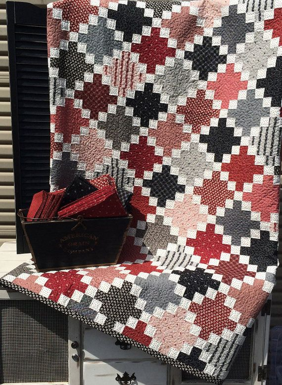 1000 Images About Red White Black Quilts On Pinterest