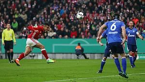 DFB - Pokal/Viertelfinale: Bayern München - Schalke 04 3.0 - das 2.0 durch Thiago