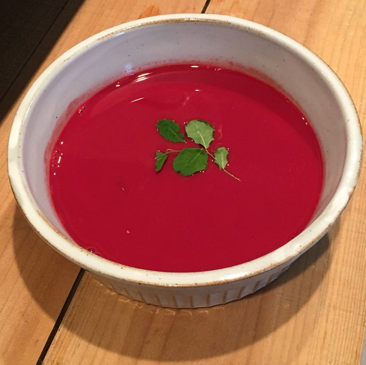 ビーツと豆乳のスープ