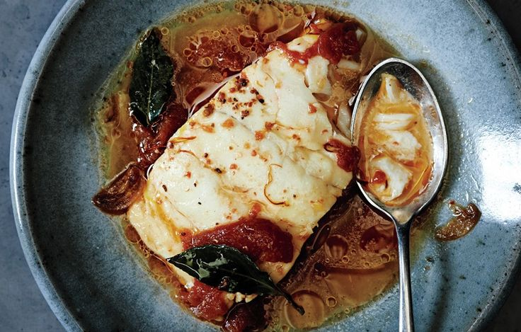 Poached cod with tomato and saffron recipe tomatoes for Poaching fish in wine
