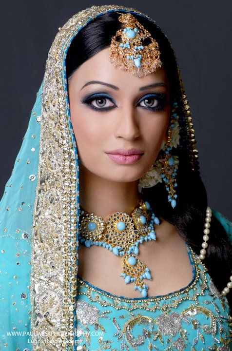 Beautiful  in Turquoise  Indian bride