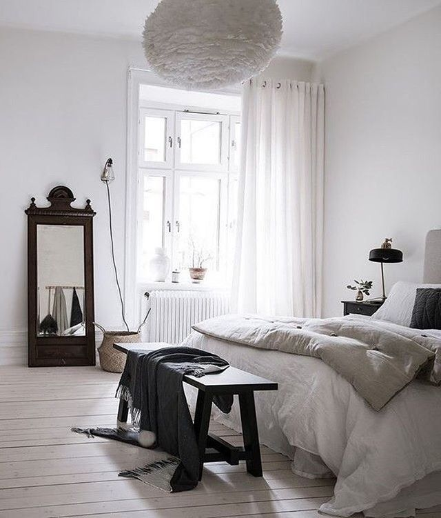A gorgeous bedroom via @bjurfors_goteborg Hope you're all having a great Christmas Eve . #bedroom #bedroomdecor #nordichome #nordicinspiration