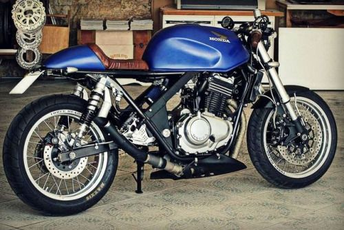 Honda CB500 Cafe Racer by Frateschi Garage #motorcycles #caferacer #motos | caferacerpasion.com