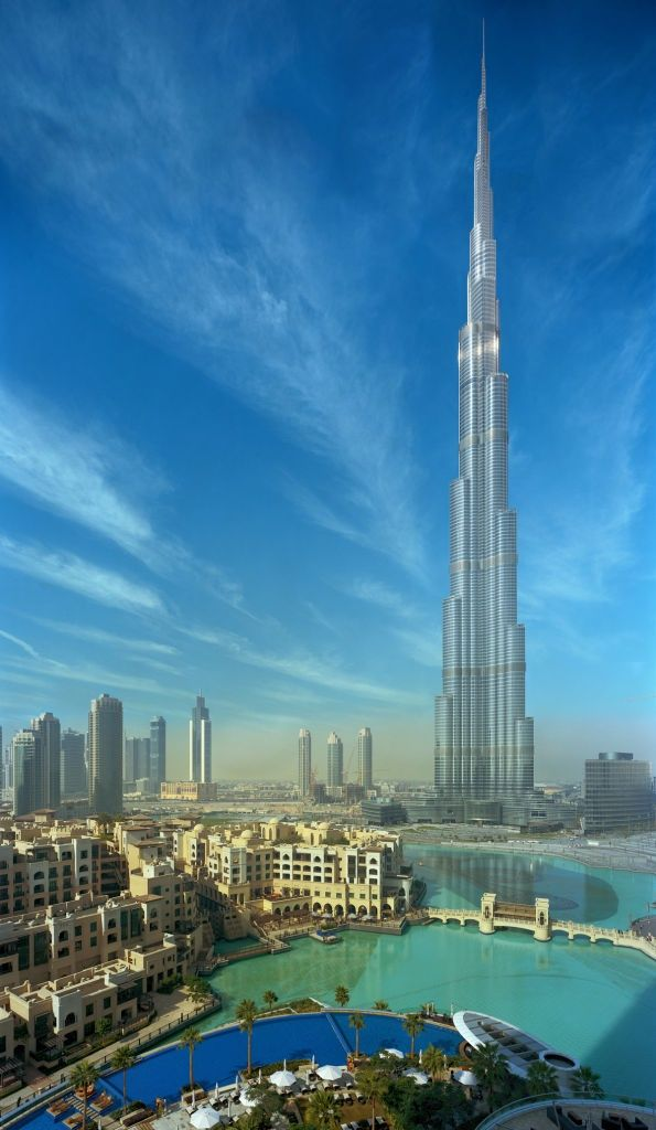 One of our sight-seeing pit stops was here at the Burj Khalifa. The world's tallest building 200 storeys and we went to level 124 for a viewing.