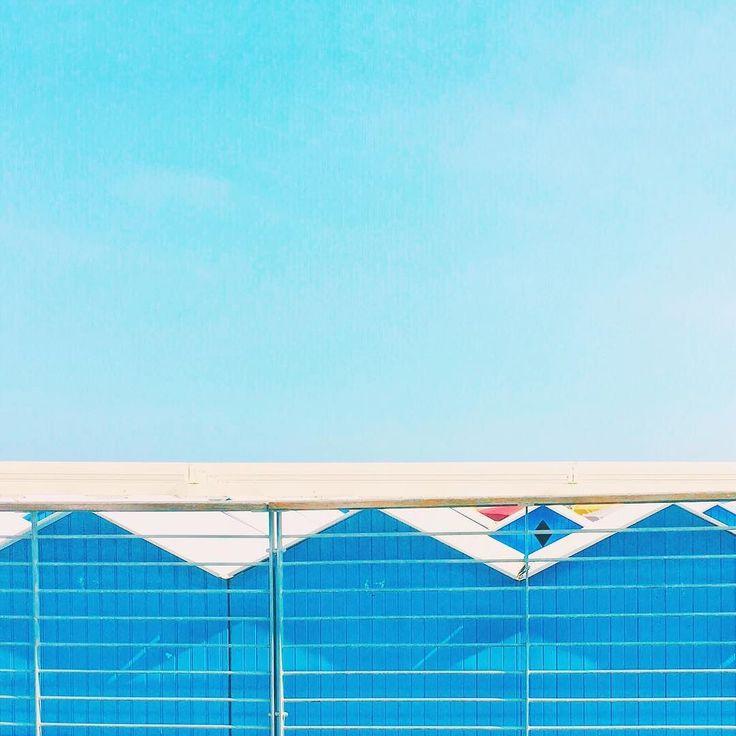 Shades of blue #minimal #minimalmood #rsa_minimal #geometries #sky #igersliguria #igersitalia
