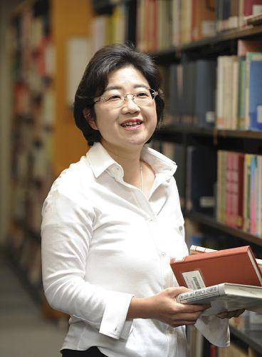 Nahoko Uehashi - autor 2014