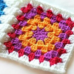 A great tutorial for learning how to make a Granny Square by Crocheting the Day Away. Perfect for beginners or those needing a refresher.
