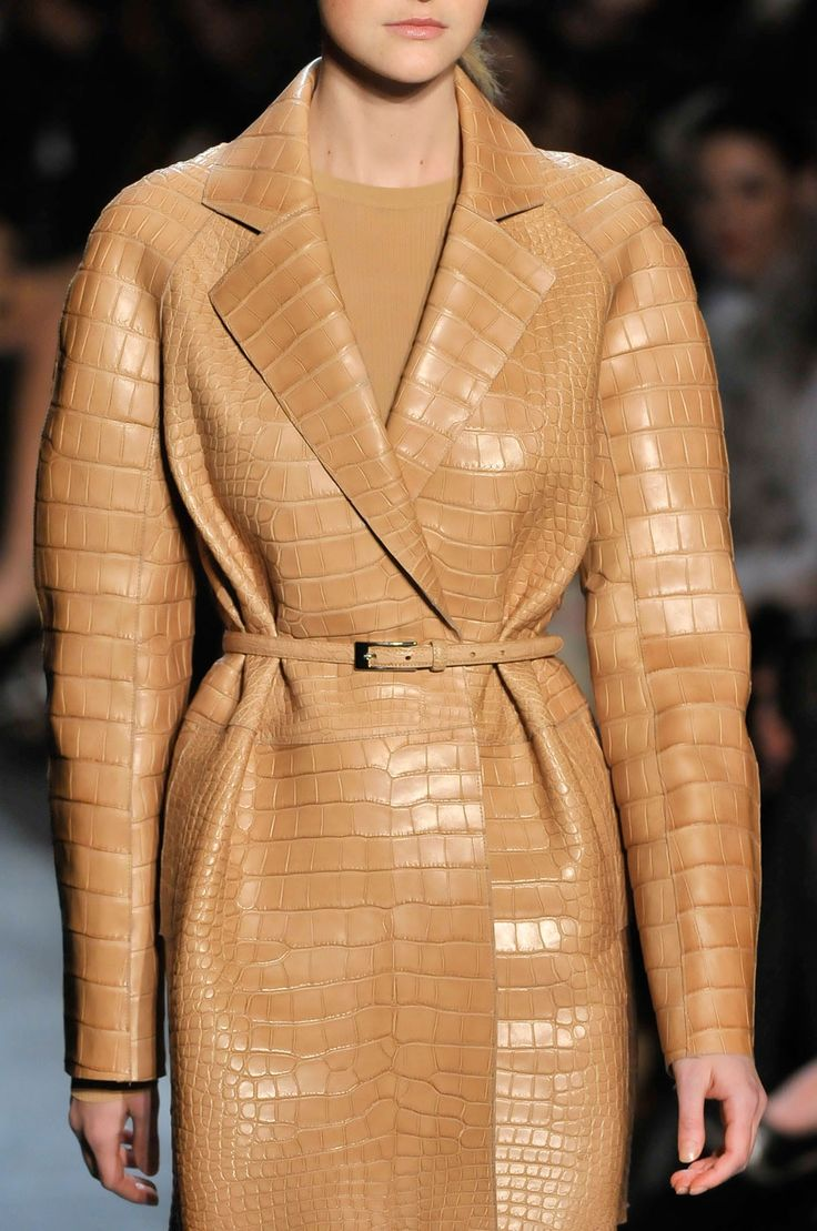 Michael KorsCamel What, 2011 Collection, Fashion, Camel Crocodile, Crocodile Coats, Michael Kors Fall, Camel 3 3, Camel Tans Crocodile, Fall 2011