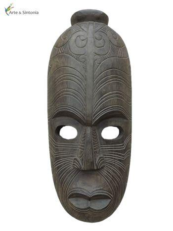 máscaras africanas w / paredes de decoración