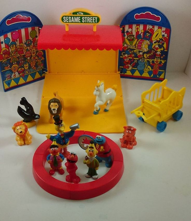 Sesame Street Toys For Toddlers : Vintage sesame street circus play set tyco preschool