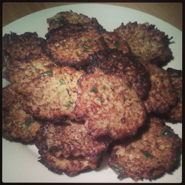 Banting Hasbrowns – LCHF Friendly Cauliflower Fritters   choffel's chatter