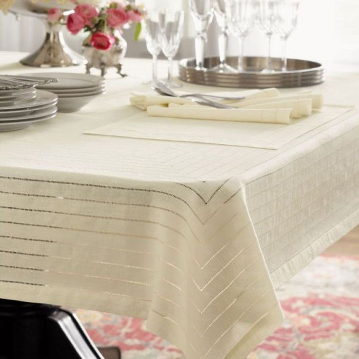 Bennett linen tablecloththis would be the top tablecloth and underneath I would have a lace tablecloth. & 37 best Table Linens images on Pinterest | Table linens Tablecloths ...