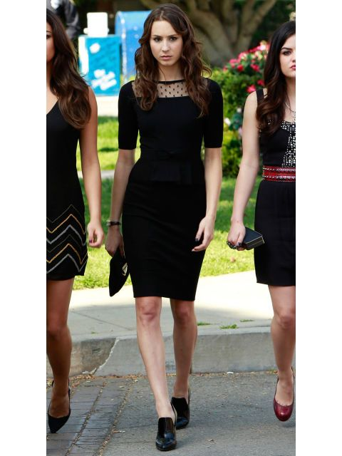 Even though it was a somber affair, the Liars still managed to look as stylish as ever at Detective Wilden's funeral, and Spencer's dress was definitely the best. The sheer dotted detailing at the neckline adds just enough girliness to her form-fitting LBD.