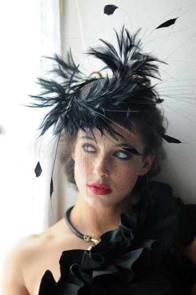 #Cherubina #tocado #sombrero #boda #headpiece #hat #wedding #invitada #millinery #plumas #Feather