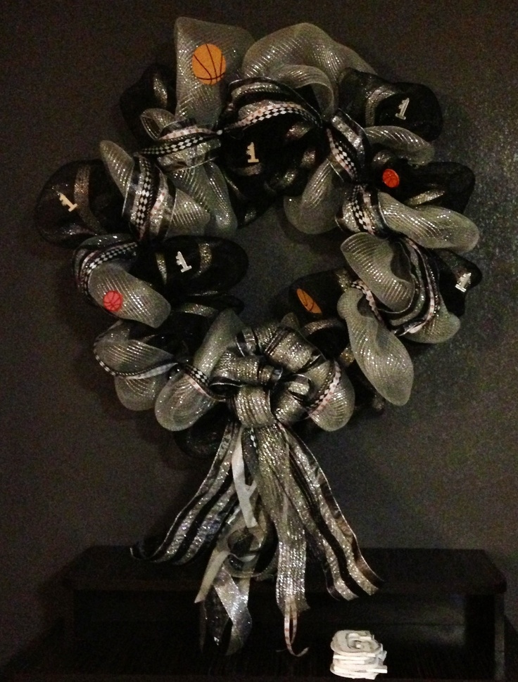 54 best images about spurs wreaths on pinterest deco for Deco 90 fut 18