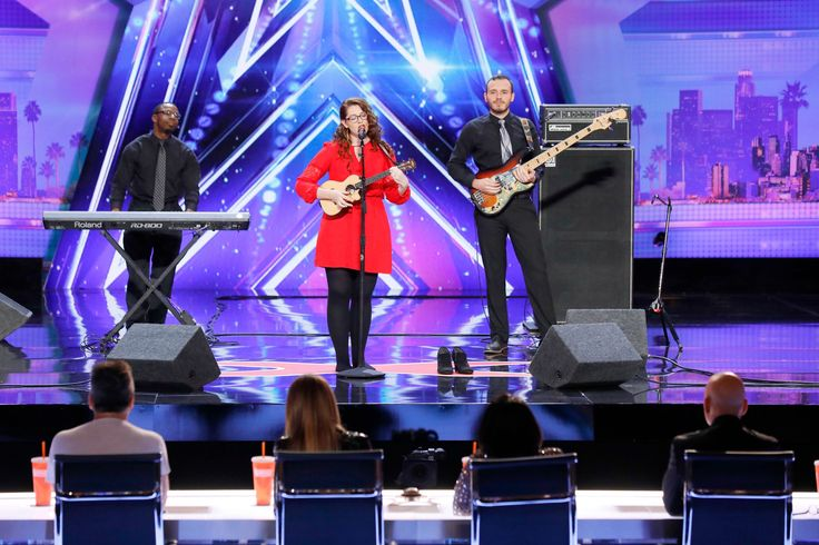 Deaf singer Mandy Harvey amazes with beautiful original song on 'America's Got Talent'  Mandy Harvey sang another original on 'America's Got Talent' Tuesday.(Photo: Trae Patton, NBC) Singer andAmerica's Got Talentcontestant Mandy Harvey had Simon Cowell at a loss for words after her performance Tuesday. Harvey, who lost her hearing 10 years ago, has been singing since age 4. She left music after her hearingloss, but found her way back to it thanks to her parents' support and her..