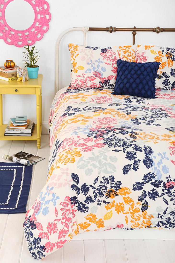 Plum & Bow Sketch Floral Duvet Cover I entered the #UrbanOutfitters Pin A Room, Win A Room Sweepstakes! #smallspace