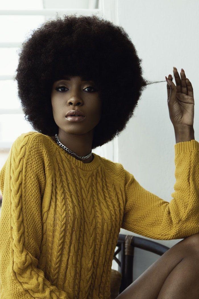 Idée coiffure afro Coiffure afro belle femme Chevex   – Cheveux Crépus