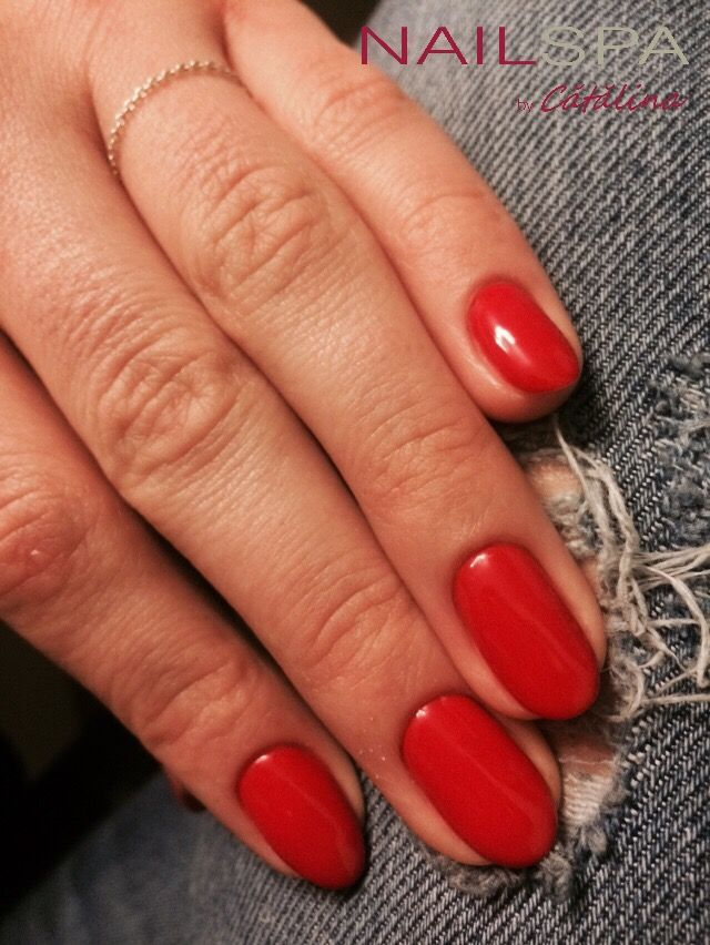 Pretty red from @Cupio applied on the magnificent @biosculpture base❤️