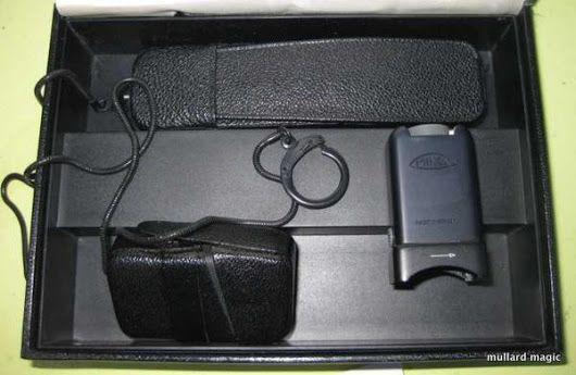 Minox C, Black, subminiature camera, with chain, flash, all cases, all documentation in original presentation box