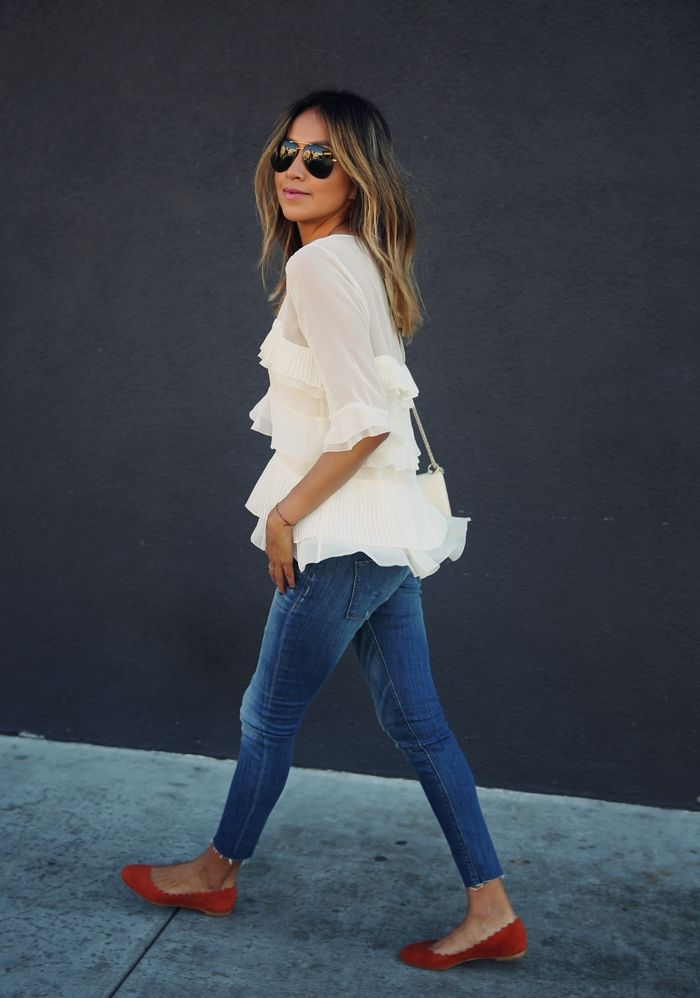 { outfit perfection :: ruffled white blouse, skinny jeans, chloe scalloped flats + valentino rockstud crossbody bag }