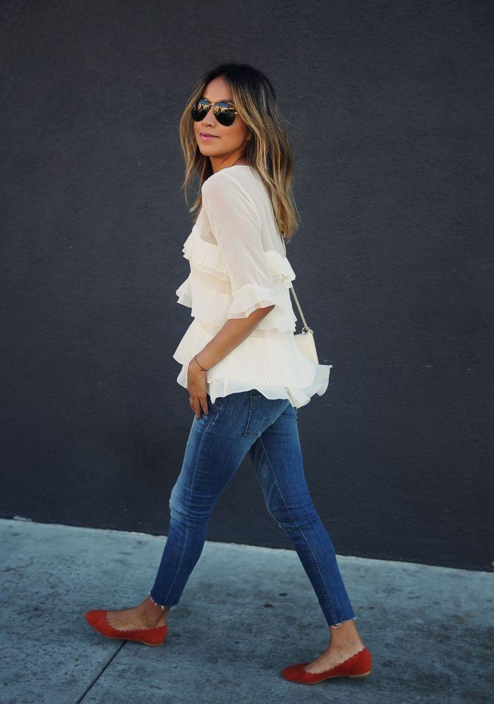 REBECCA TAYLOR 'Mosaic' Fil coupe top HUDSON JEANS 'Krista' crop jeans CHLOE 'Lauren' Scalloped flats VALENTINO rockstud crossbody http://FashionCognoscente.blogspot.com