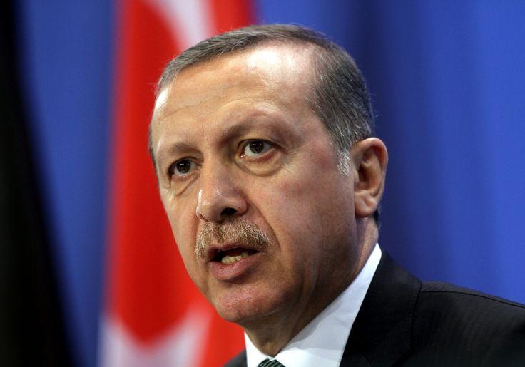 Türkischer Staatschef Erdogan reicht Strafantrag gegen Moderator Jan Böhmermann ein - http://www.statusquo-news.de/tuerkischer-staatschef-erdogan-reicht-strafantrag-gegen-moderator-jan-boehmermann-ein/