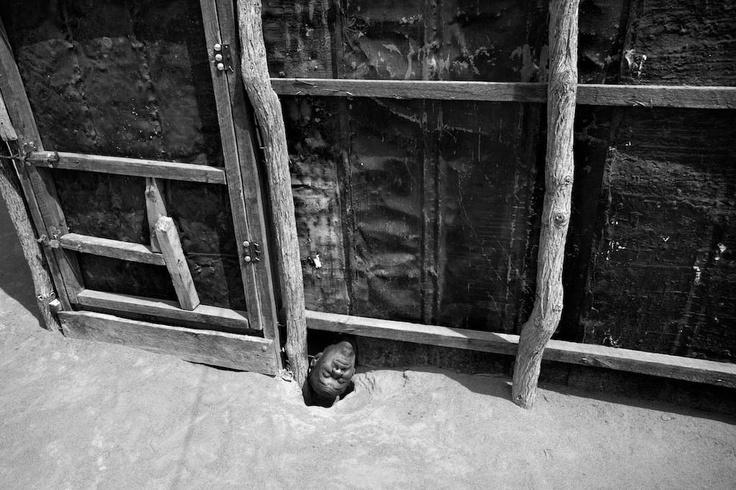 Memoriando Fotografía: CONDENADOS: SALUD MENTAL EN PAÍSES AFRICANOS EN CRISIS