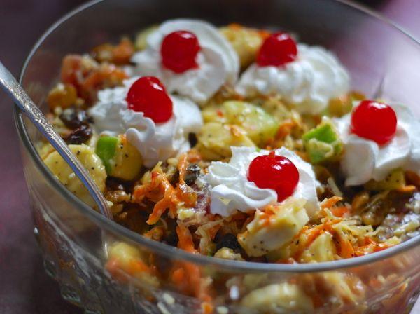 {just like ritz carlton's} maui macadamia nut waffles with coconut syrup   ChinDeep