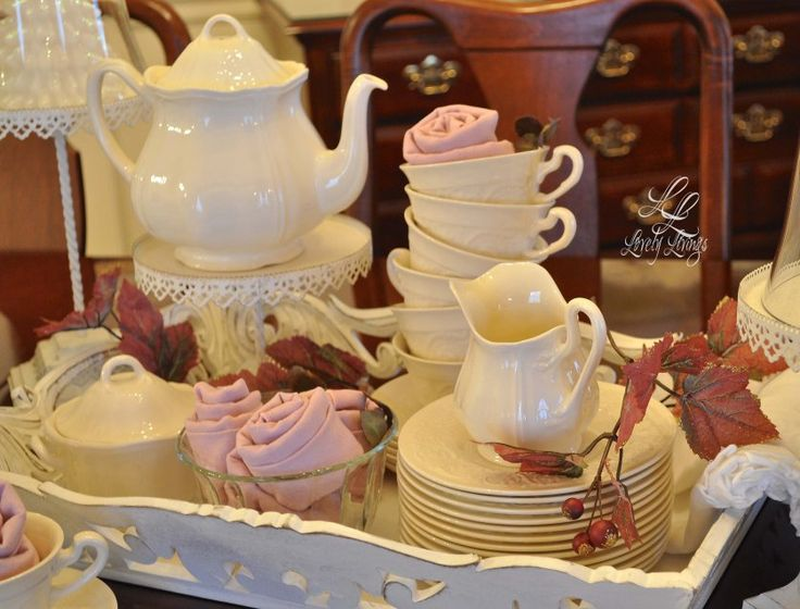 Winter Tea Party ;) http://lovelylivings.com/2015/01/10/a-lovely-winters-tea-party/