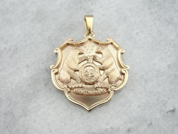Gold Pendant with State Motto, Seal of Missouri