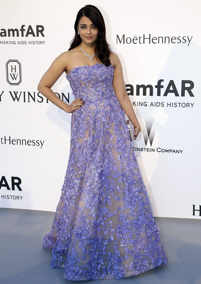 Aishwarya Rai is a princess in lavender in Elie Saab at Amfar Gala Cannes 2015