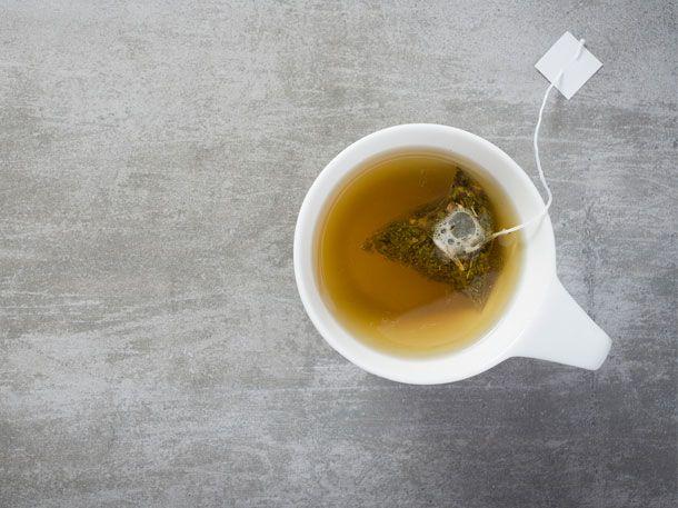 Blasen und Nieren Tee von dm ist eine günstige Ergänzung zu Medikamenten aus der Apotheke. Doch wer den bei dm kauft, wird hinterher ganz