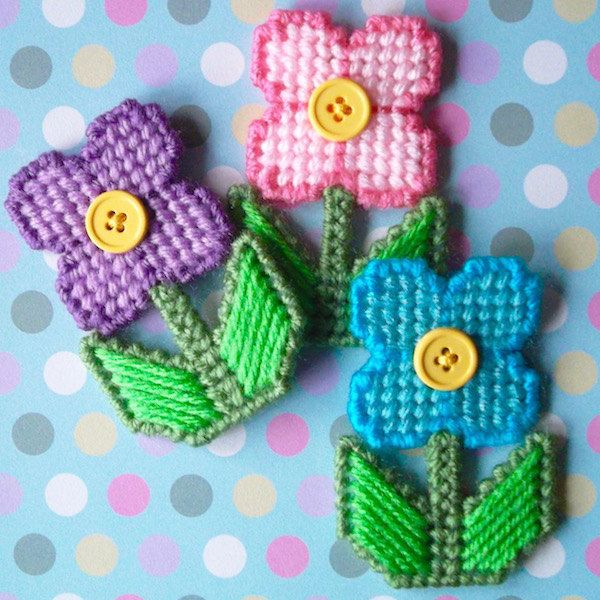 """❋ Plastic Canvas: Flower Magnets (set of 3) -- """"Ready, Set, Sew!"""" by Evie ❋"""