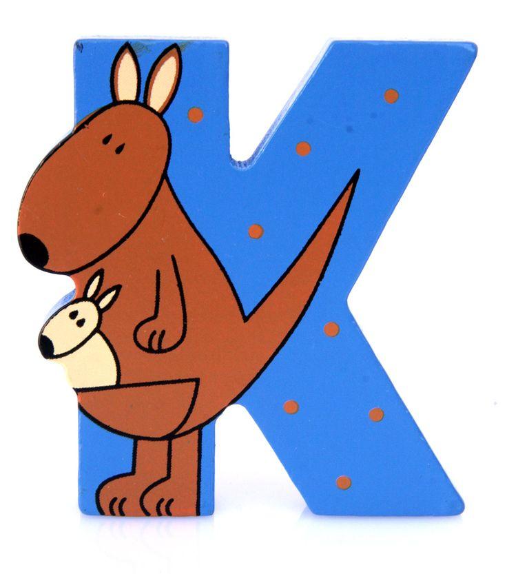 Simpatica lettera K in Legno con l'aspetto di un Canguro, per decorare e rendere più bella la cameretta componendo nomi, frasi. Sono disponibili tutte le lettere dell'alfabeto  Può essere appoggiata su una mensola oppure si puo' fissare con colla o biadesivo o possono anche essere utilizzate per giocare.  Dimensioni cm 6,5 x 7 x 1  Materiale: Legno.   I colori possono cambiare in base alle disponibilita'