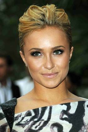 pretty makeup: Hayden Panettiere, Hair Beautiful, Beautiful Makeup, Natural Makeup, Blondes Hairstyles, Shorts Hair, Celebrity Hairstyles, Hair Makeup, Hair Updo