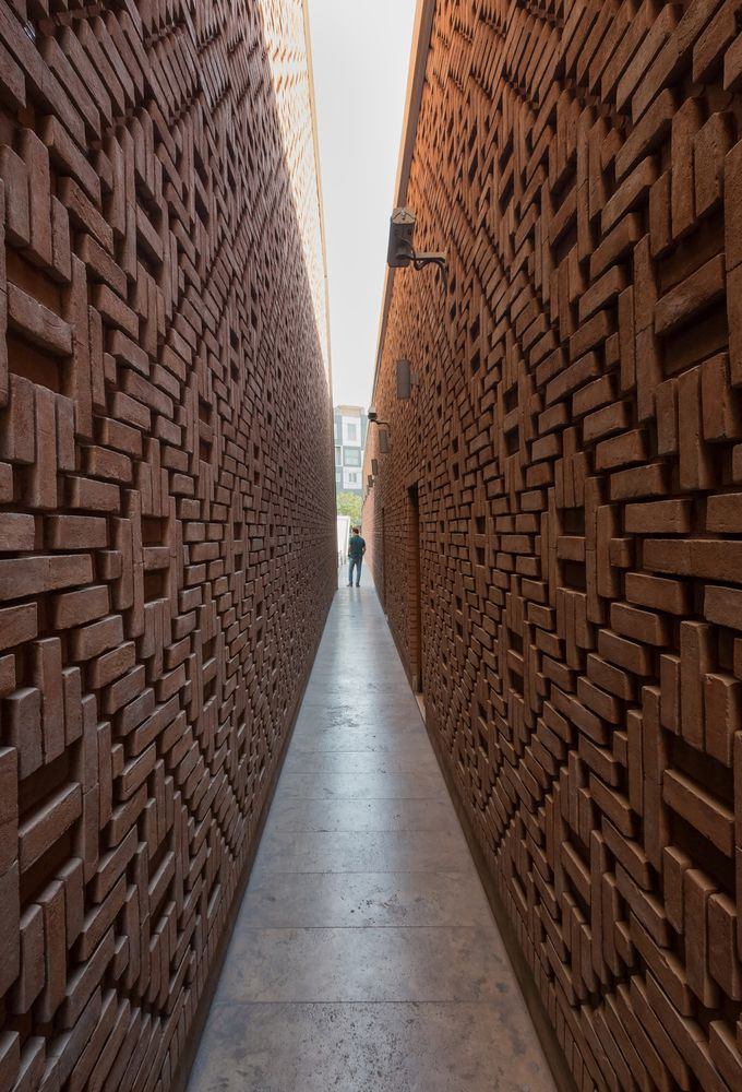 25 best ideas about brick art on pinterest bricks for Cool brick wall designs