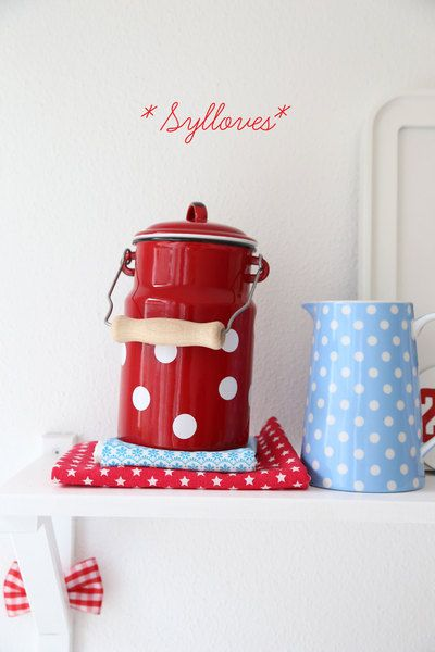 Geschirr- & Porzellan-Sets - Süße Emaillekanne red polkadot - ein Designerstück von Sylloves bei DaWanda