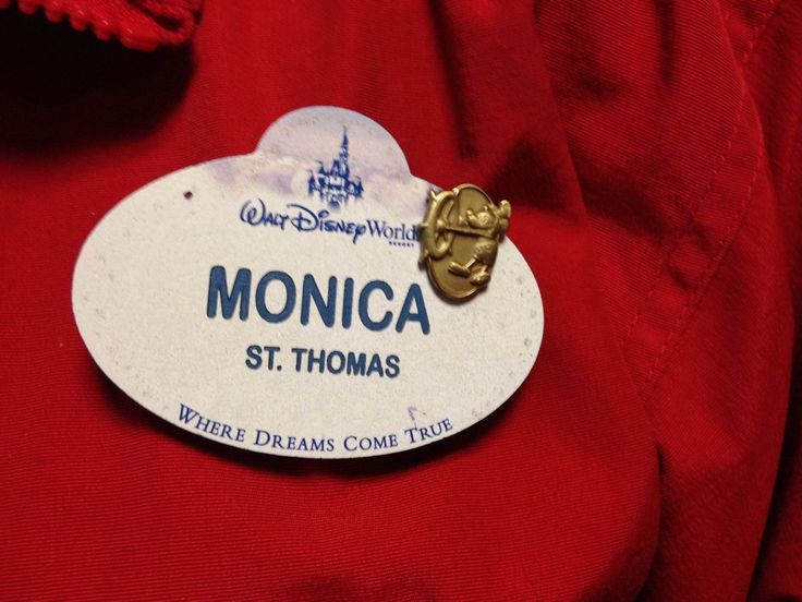 Decoding Disney Cast Member Name Tags - great to know!