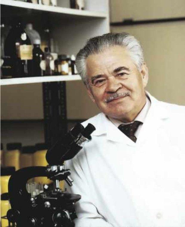 dr. Béres József A béres csepp megalkotója