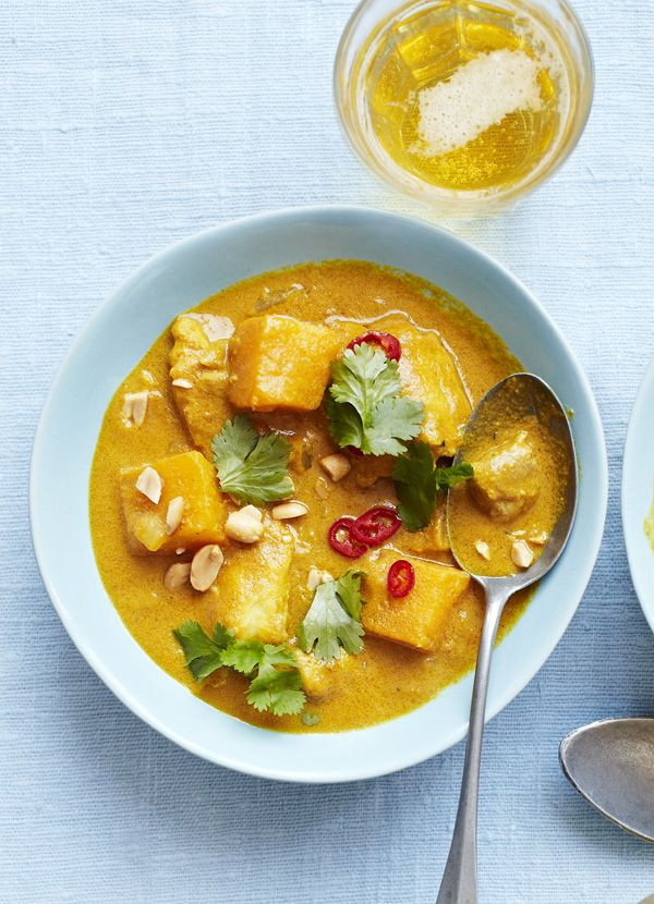 African chicken, sweet potato and peanut curry. This African curry makes for a delicious family meal. It also freezes well: Cool the curry completely, then transfer to freezer containers or food bags to freeze completely. The night before eating, defrost in the fridge overnight.