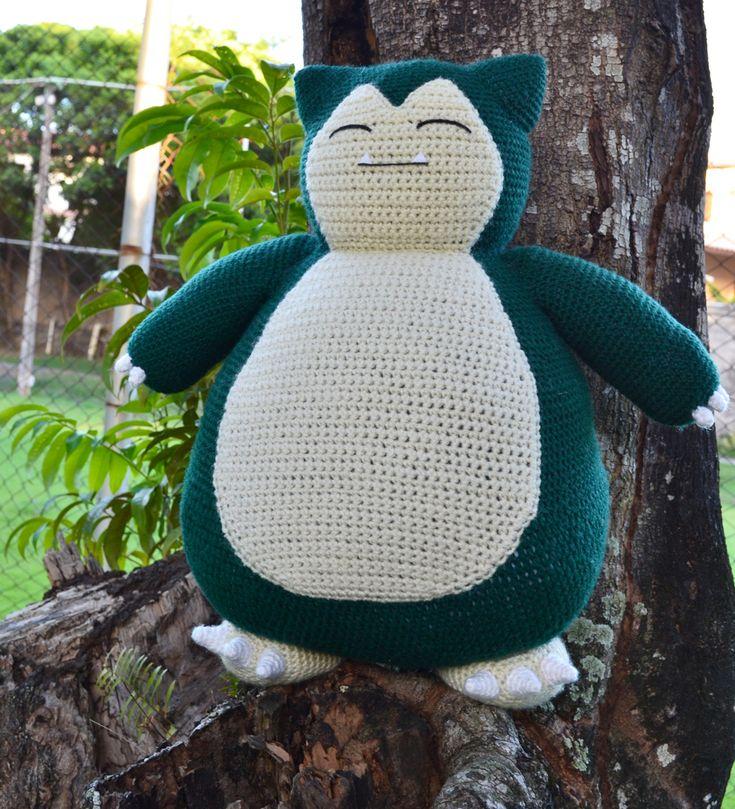 Free crochet Snorlax pattern (pillow sized!)