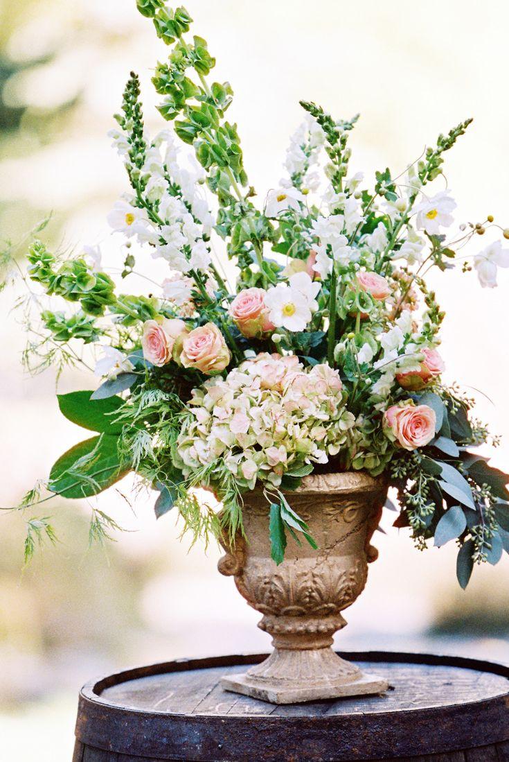 Best 25 wedding floral arrangements ideas on pinterest floral best 25 wedding floral arrangements ideas on pinterest floral arrangements whimsical wedding flowers and lavender centerpieces junglespirit Images