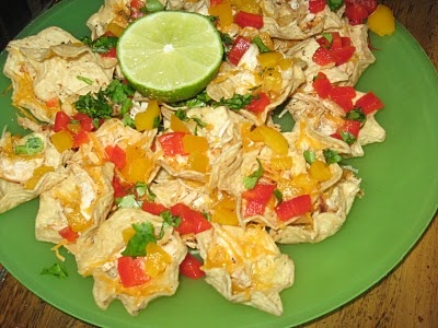 Jamaican Jerk Chicken Nachos - I use Baked Tostitos for less calories ...