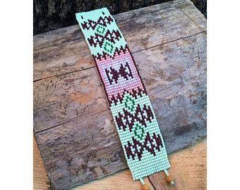 Diepe bossen Native Amerika stijl parel armband, groene Bead Loom armband, Native Amerika inspireerde sieraden, Native Amerika parel sieraden
