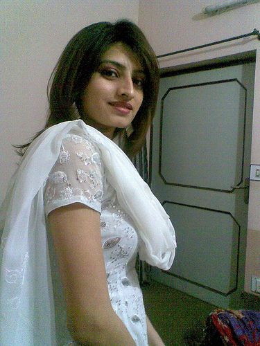 Pin On Pakistani Girls Mobile Numbers-4776