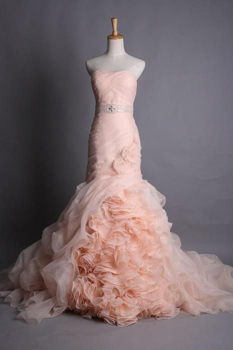 Fashion/Gown/Pink/Ruffels: Fashion, Pink Weddings Dresses, Blushes Pink, Wedding Dresses, Weddings Dresss, Peaches, Weddings Gowns, Ruffles, Pink Gowns
