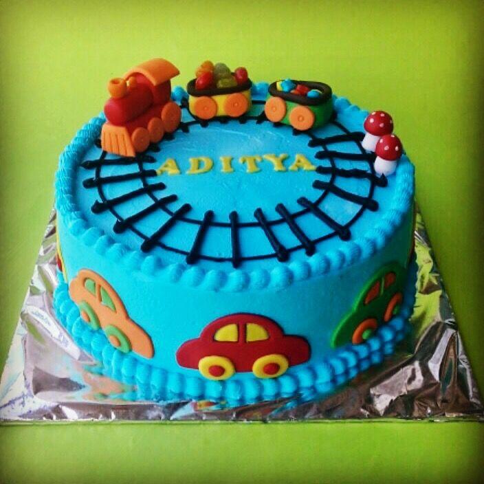 Look no eggs. Eggless Pineapple Cake #pineapplecake #egglesscake #thebakersfactoryin